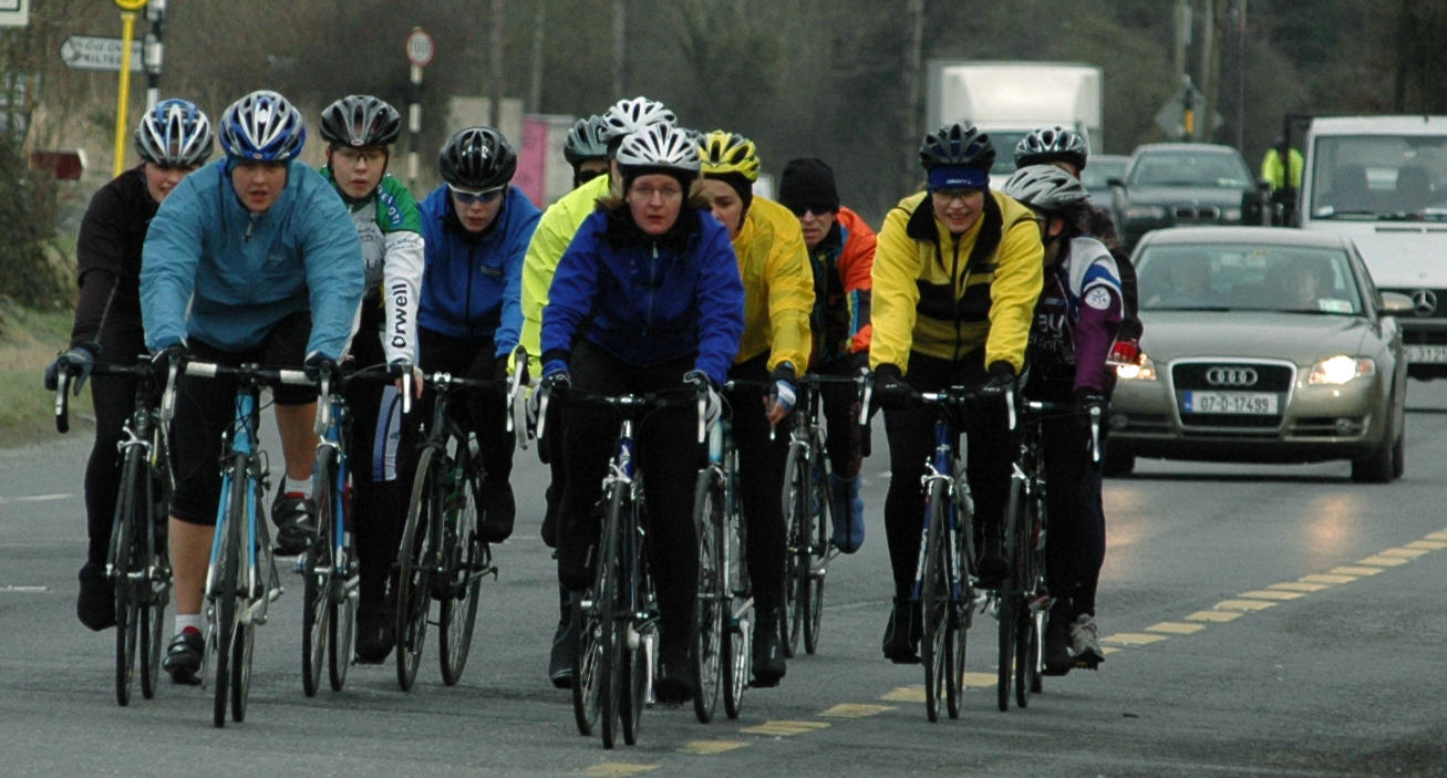 Holding up the traffic..... - Women's Cycling Ireland