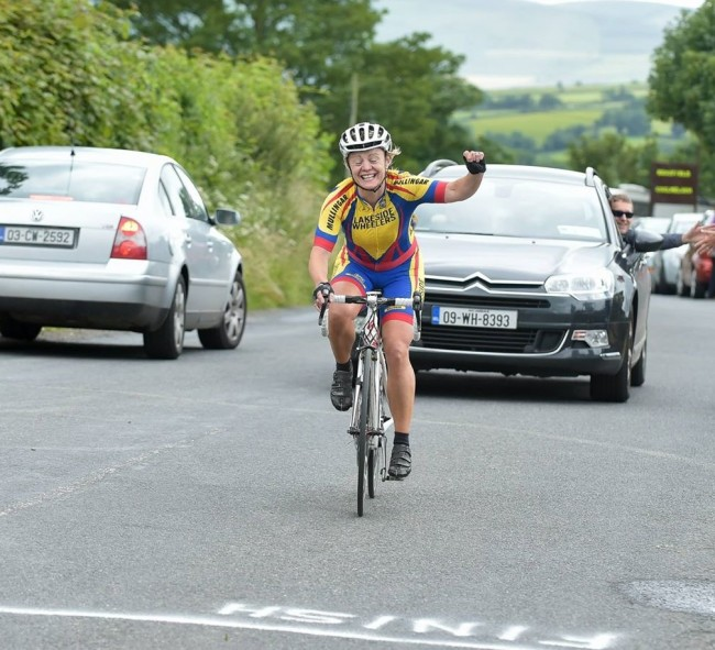 Michelle O'Halloran winning the 2015 Eddie Tobin Memorial. Pic: Sean Rowe